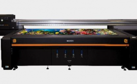 "MUTOH's first true 4' x 8' foot UV-LED flatbed printer - ""PerformanceJet 2508UF"" Debut!"